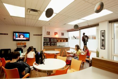 EC Montreal Student Lounge (6)