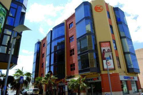 ec facade 025 0