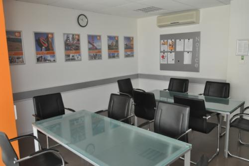 ec malta business lounge 1